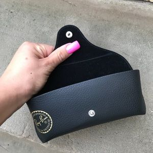 Ray-Ban Accessories - Black Ray ban case